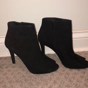 Michael Kors stunning Black suede booties peep toe